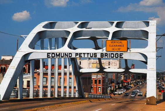 edmund-pettus-bridge.jpg