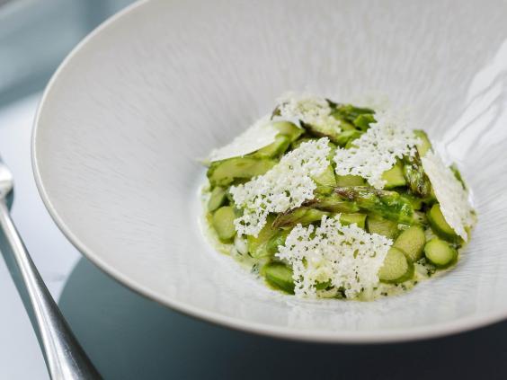 asparagus-steve-groves-1.jpg