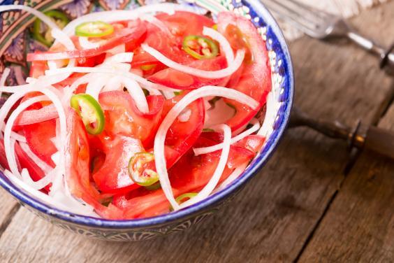 uzbekistan-achichuk-salad.jpg