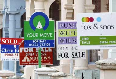 UK house prices soar to new all-time high of £250,000 - The Independent