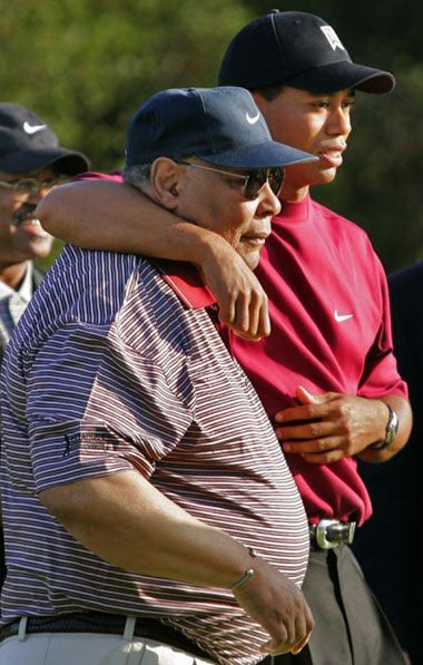 is tiger woods a good role Babblecom lists the best and worst celebrity role models for children from kanye and kesha to beyonce and good and bad celebrity role models tiger woods 2.