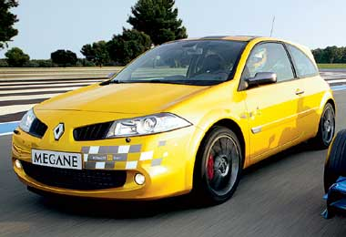 renault megane r26 the independent. Black Bedroom Furniture Sets. Home Design Ideas