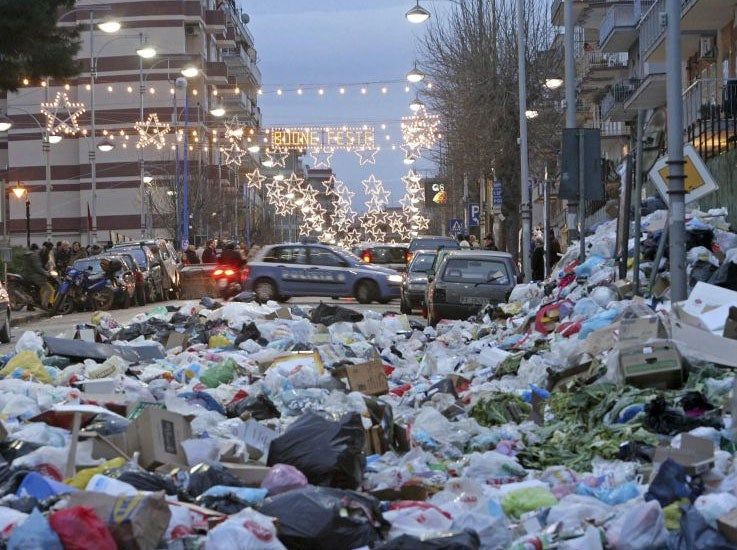 the rotten heart of italy see naples and die of the stench the