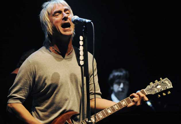 Chart veteran Paul Weller is to receive a top honorary prize at this year's NME Awards, the annual Godlike Genius title, it was announced today.