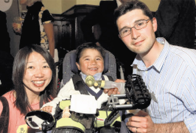 Neil and Kazumi Puttick with son Sam, five, who died before they jumped off cliffs at Beachy Head