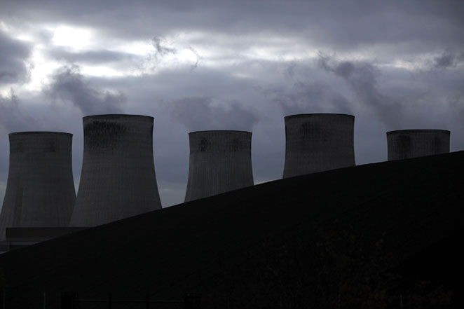 Both senior lawyers and officers were to blame for failures to declare surveillance evidence during attempts to convictprotesters accused of plotting to shut Ratcliffe-on-Soar power station, aninquirysaid