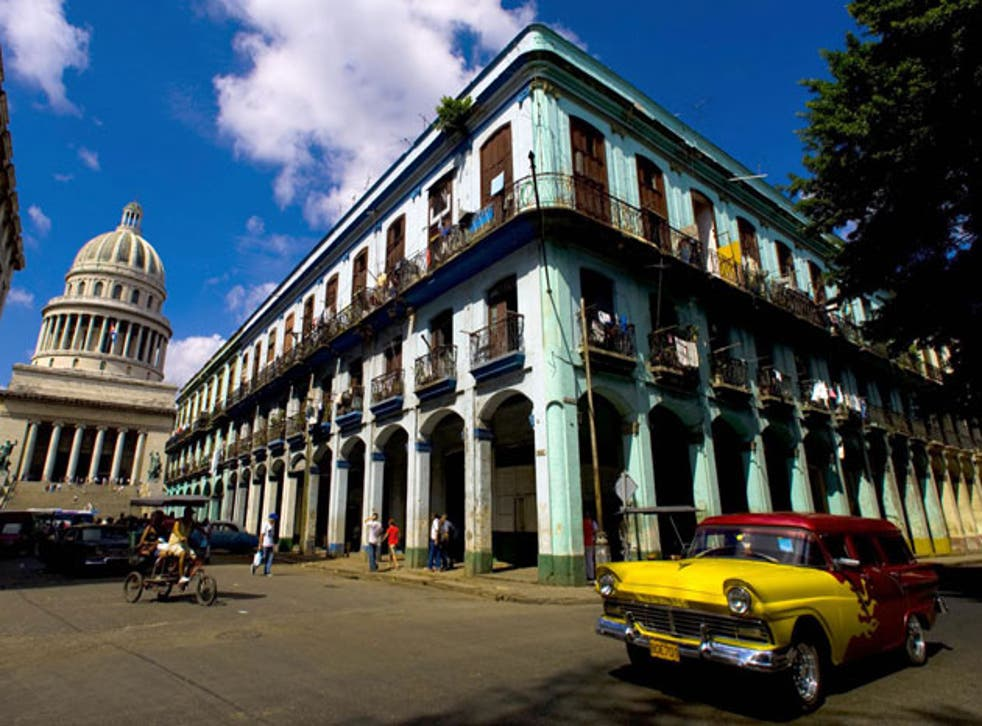 <p>Diplomats posted to Havana began noticing symptoms in late 2016</p>