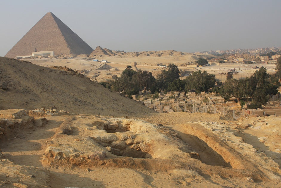 Great Pyramid of Giza may be able to focus electromagnetic