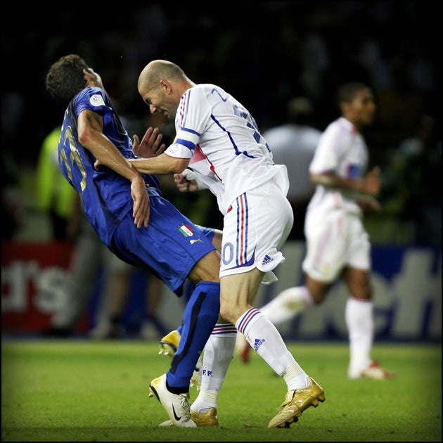 775f9640e World Cup 2014 countdown  Zinedine Zidane head-chest in the 2006 final