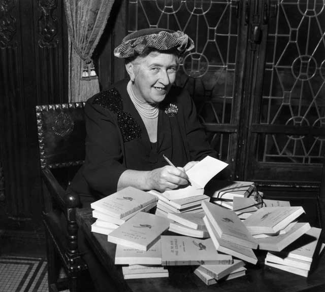 <p>Agatha Christie signs French editions in 1965</p>