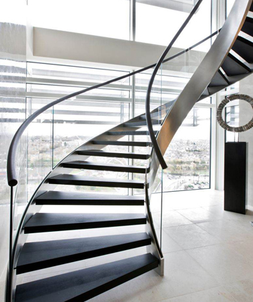 Superbe Flights Of Fancy: The Stylish New World Of Gravity Defying Staircases