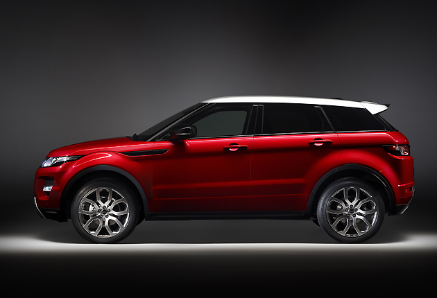 five door range rover evoque unveiled the independent. Black Bedroom Furniture Sets. Home Design Ideas