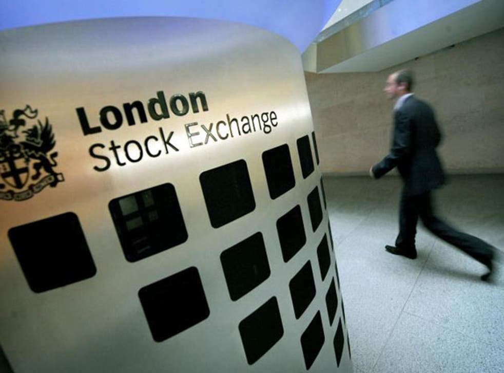<p>London-listed share price gains Friday as the indexes close with weekly gains </p>