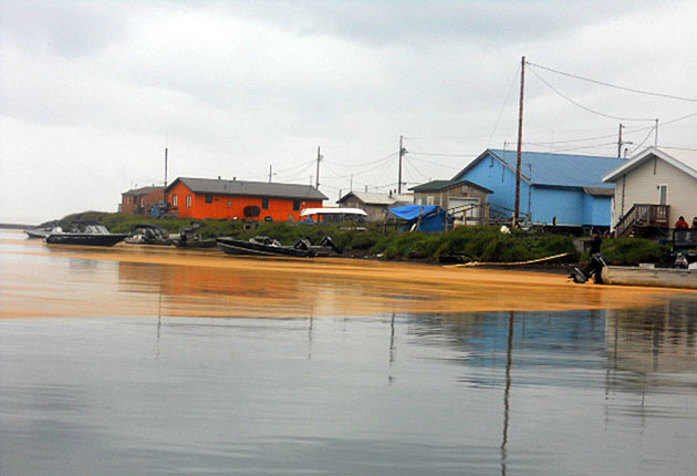 The orange-coloured substance washed ashore in the village of Kivalina, 625 miles north-west of Anchorage
