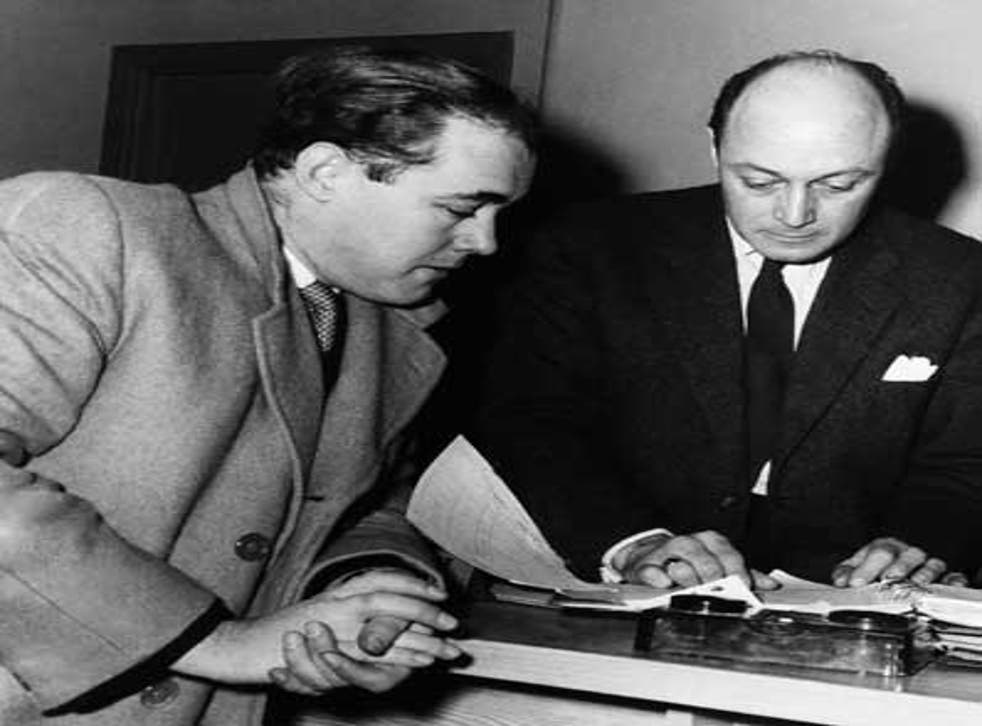 Sangster (left) with Hammer director Jack Cardiff on the set of 'Intent to Kill' in 1958