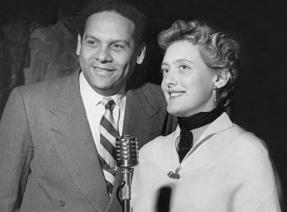 Ros with the singer Kyra Leroy in 1954