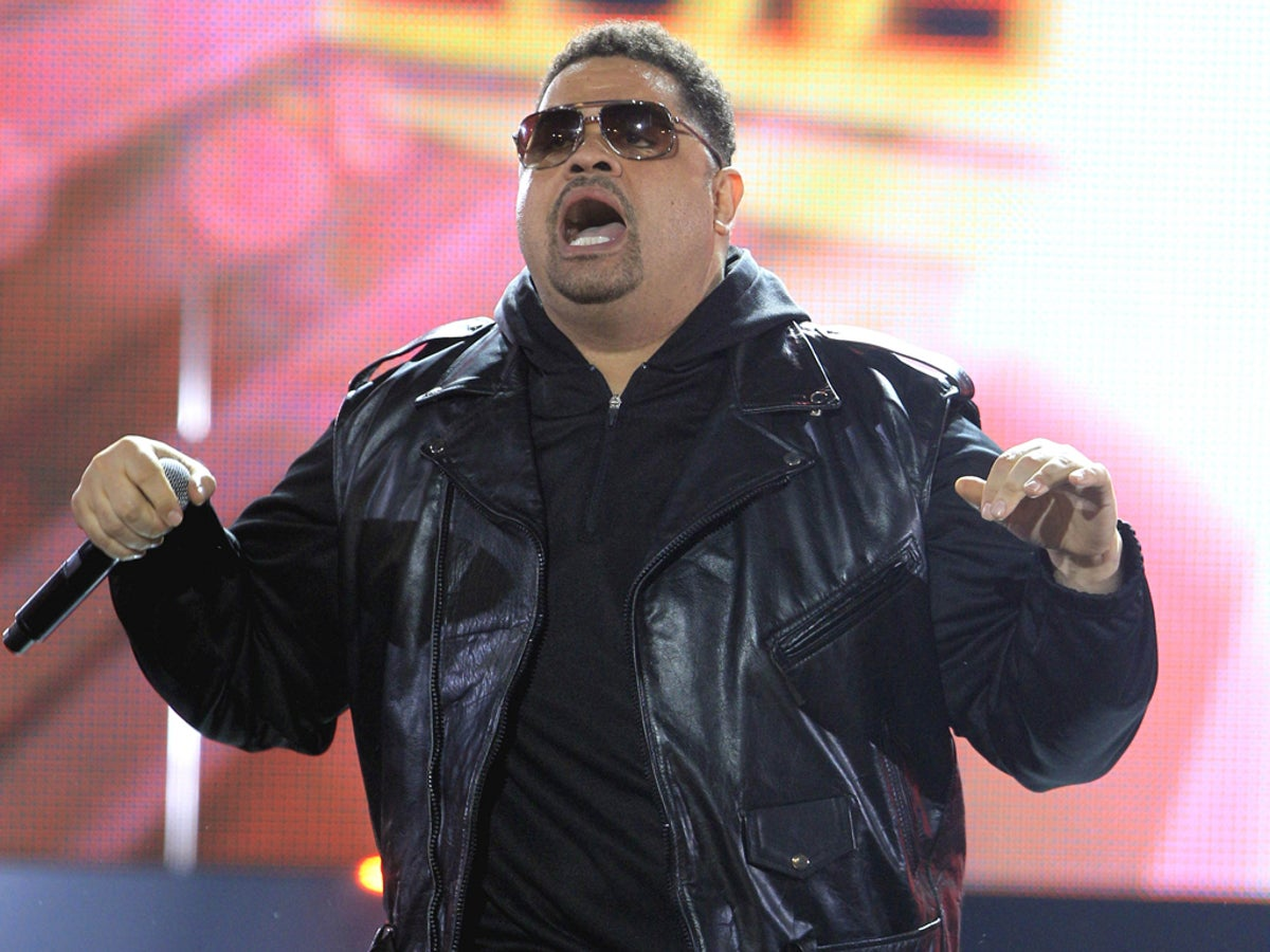 heavy d rapper and actor best known for the crossover hit now that we found love the independent the independent heavy d rapper and actor best known