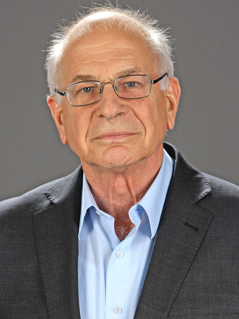 daniel kahneman Many decades ago i spent what seemed like a great deal of time under a scorching sun, watching groups of sweaty soldiers as they solved a problem i was doing my national service in the israeli army at the time i had completed an undergraduate degree in psychology, and after a year as an infantry .