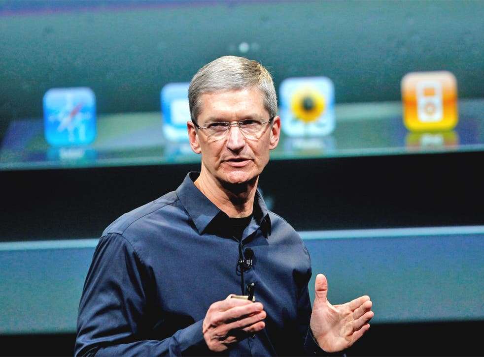 Apple CEO Tim Cook shows how it's done