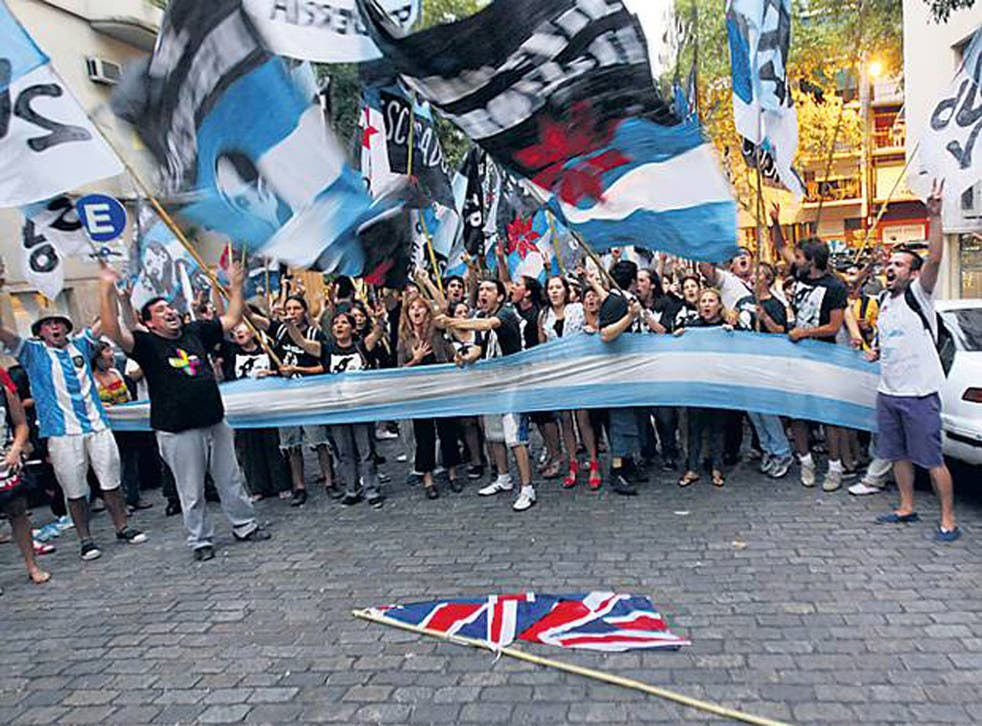 Demonstrators outside the British embassy in Buenos Aires