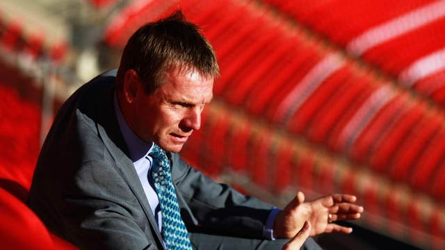 Stuart Pearce is to take temporary charge of the team