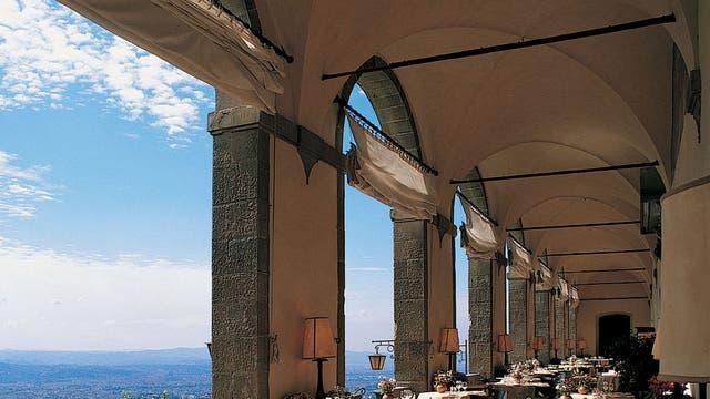 Under the arches: Villa San Michele near Florence
