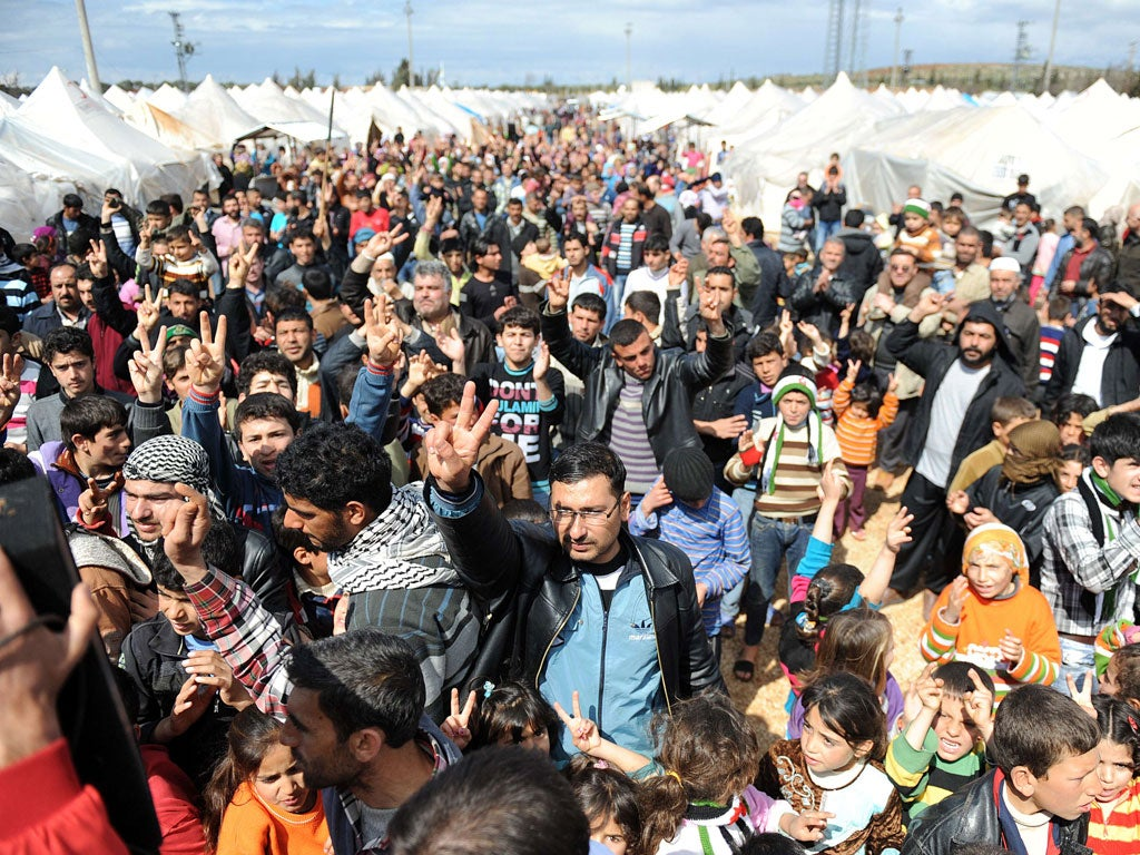 syrian refugees should be allowed to enter america Can terrorists really infiltrate the syrian refugee the united states has resettled 784,000 refugees from around is there any reason why syria should be.