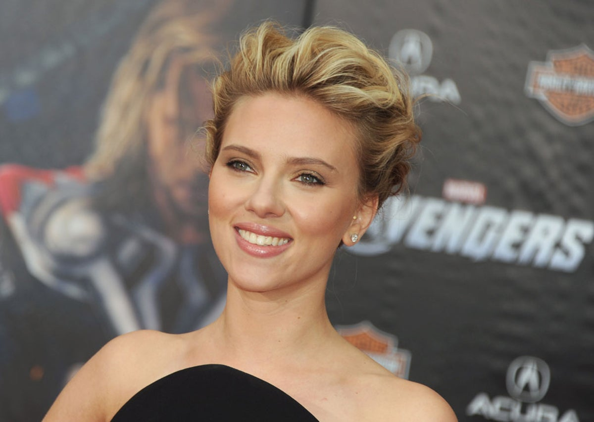 Scarlett Johansson People Pry So Much I M Constantly Surprised By How Rude People Are The Independent The Independent