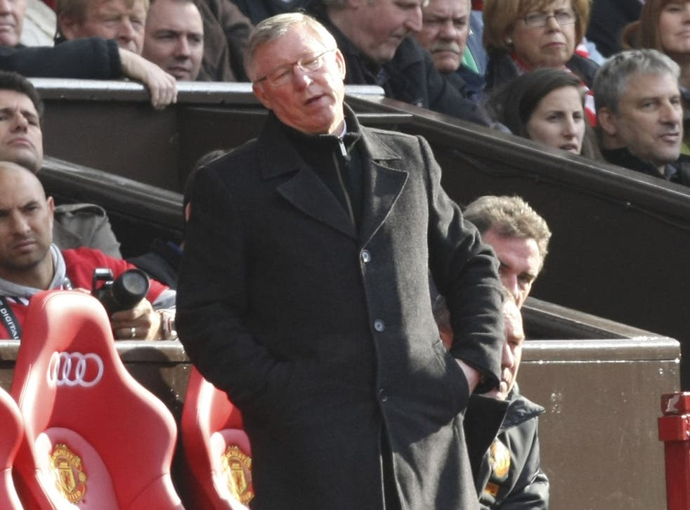 Sir Alex Ferguson will embrace challenge of trying to overtake City