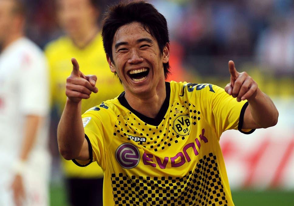 Manchester united target shinji kagawa turns down new deal at shinji kagawa getty images voltagebd Gallery