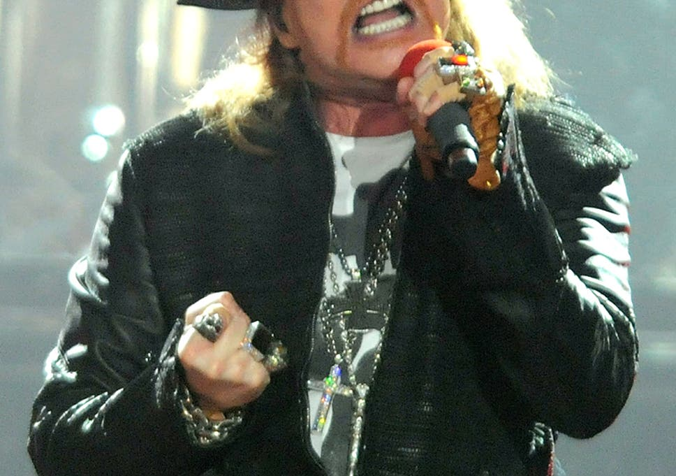 Axl Rose 'fuming' after £130,000 worth of gold and diamond