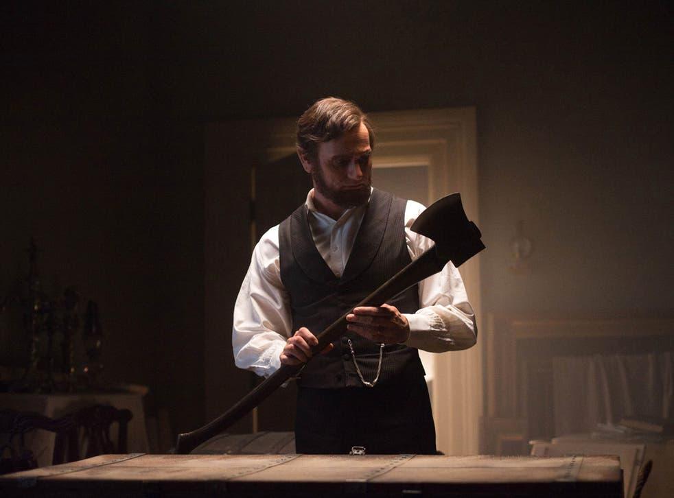Benjamin Walker prepares to do battle in 'Abraham Lincoln: Vampire Hunter'