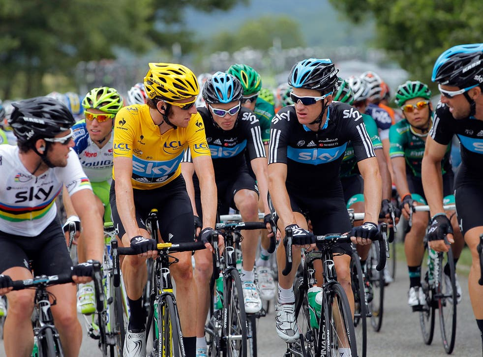 Wiggins instructed his Team Sky colleagues to slow as the fragmented peloton regrouped