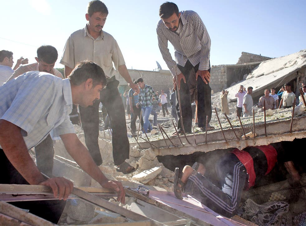 People in Aleppo, which has suffered heavy shelling, search for survivors under the rubble of houses