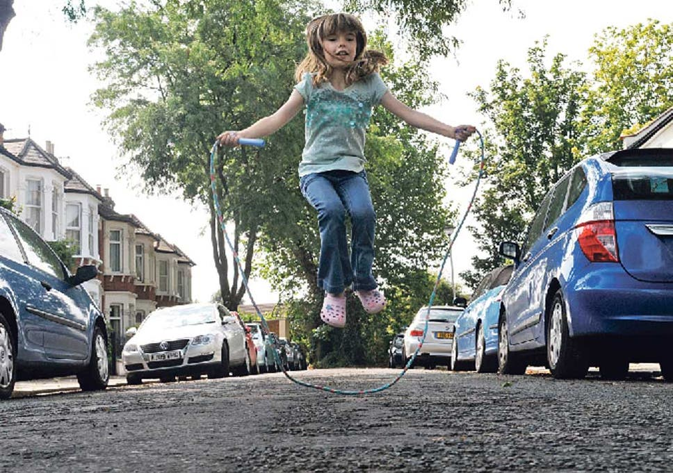 Why Would Anyone Let Their Kid Play >> Free Range Fun Would You Let Your Children Play In The Street