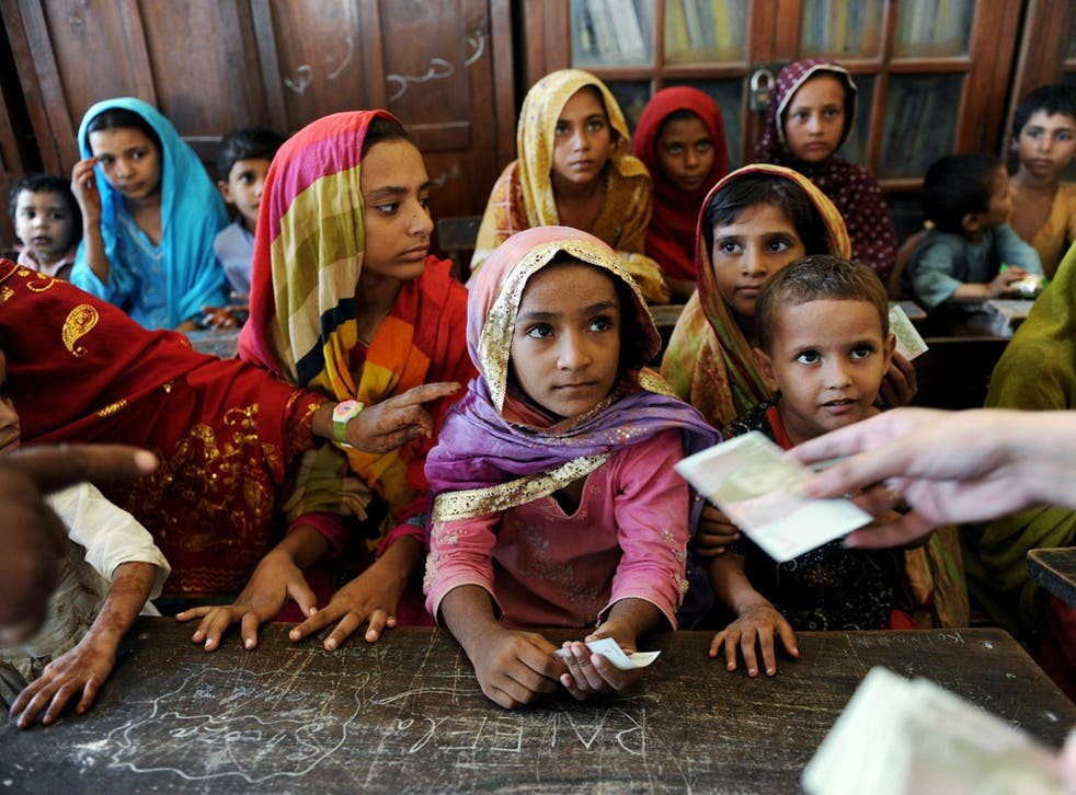 Pakistani children at the mercy of events