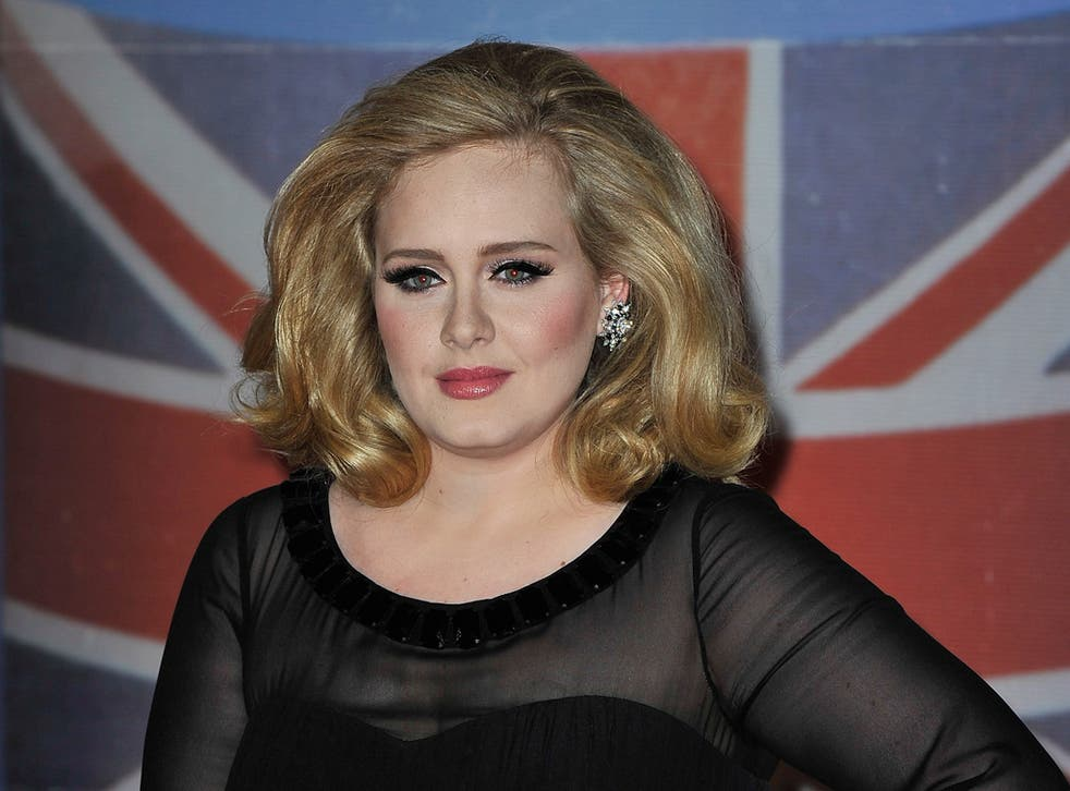 Adele is favourite to sing new 007 theme tune