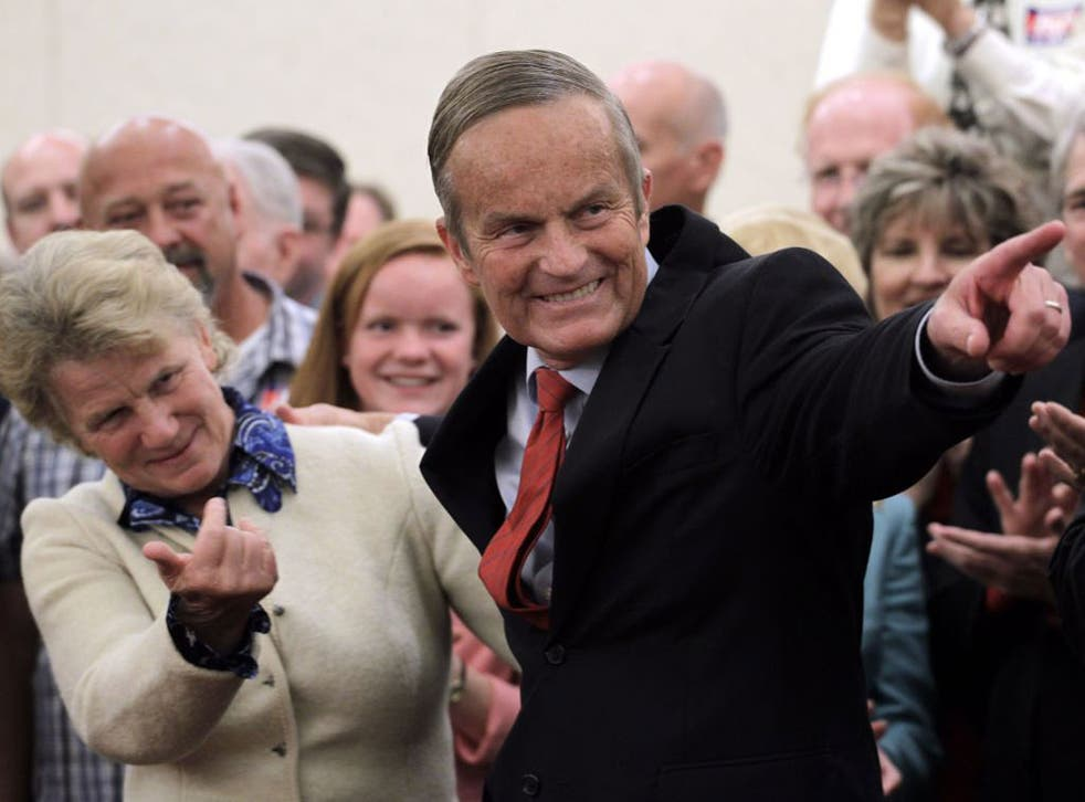 Todd Akin and his wife Lulli, have attracted support and protest