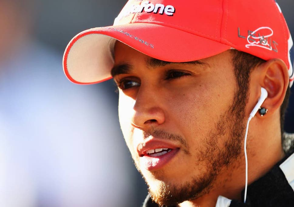 70f8d1994bf Lewis Hamilton ends stand off with McLaren team principal Ron Dennis ...