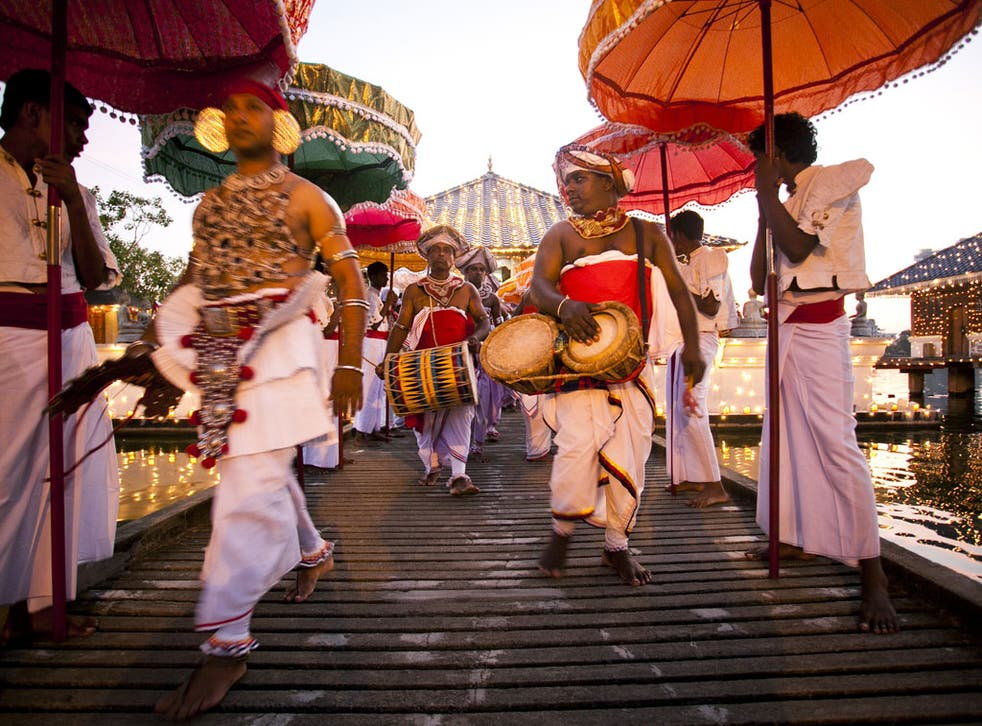 Beat that: Kandyan drummers liven up the streets