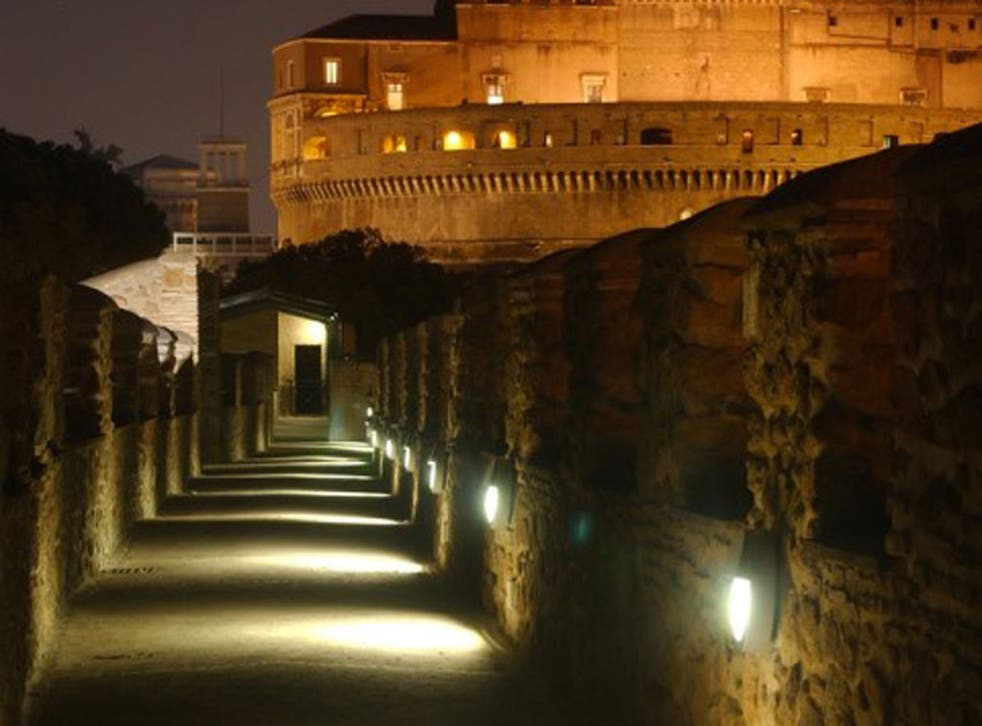 Popes' passage: the secret walk from the Vatican to Castel Sant'Angelo