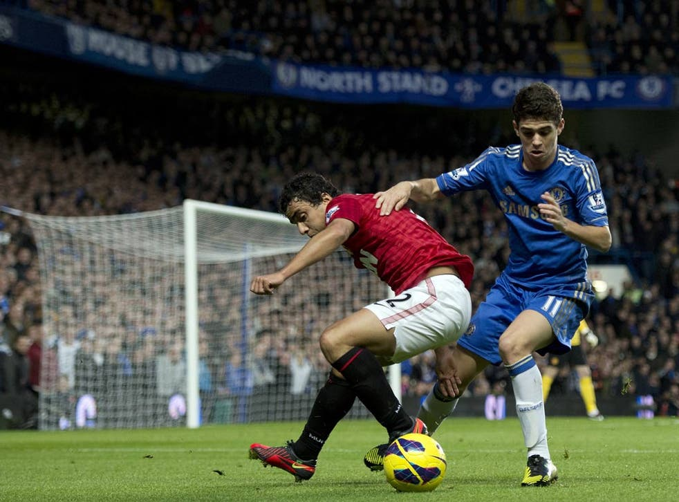 Oscar in action against Manchester United