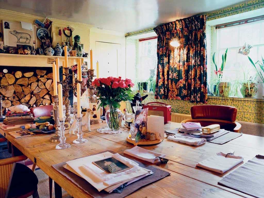 Grand Designers Inside The Homes Of Vivienne Westwood And Giorgio Armani The Independent