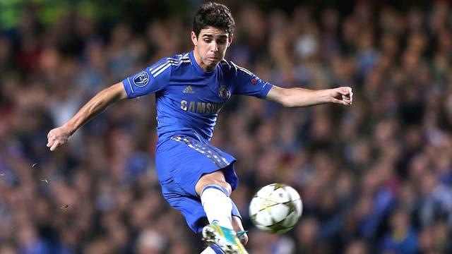 Oscar scores Chelsea's second last night from long range