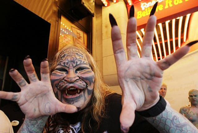 Dennis Avner who was better known as Stalking Cat