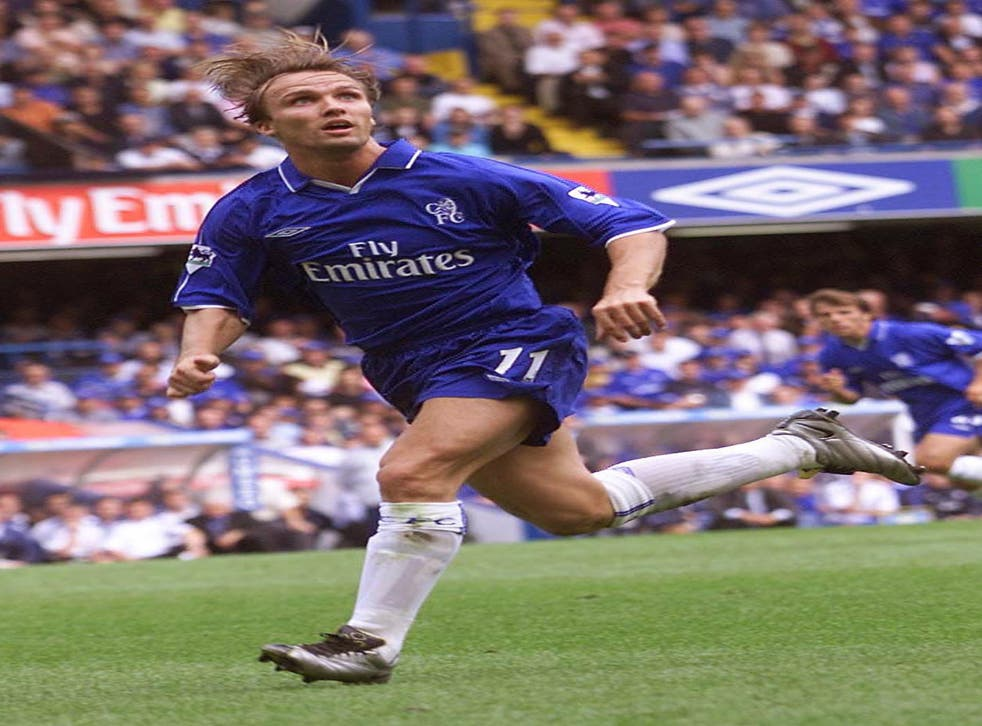 Former Chelsea winger Zenden has been appointed as assistant by Benitez