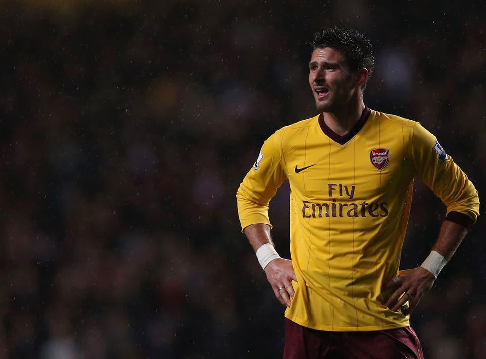 Olivier Giroud of Arsenal looks on