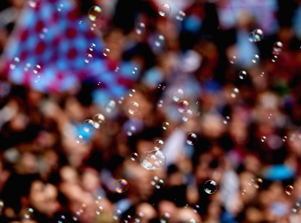 Hissing – to imitate the sound of gas – was heard from some Hammers supporters