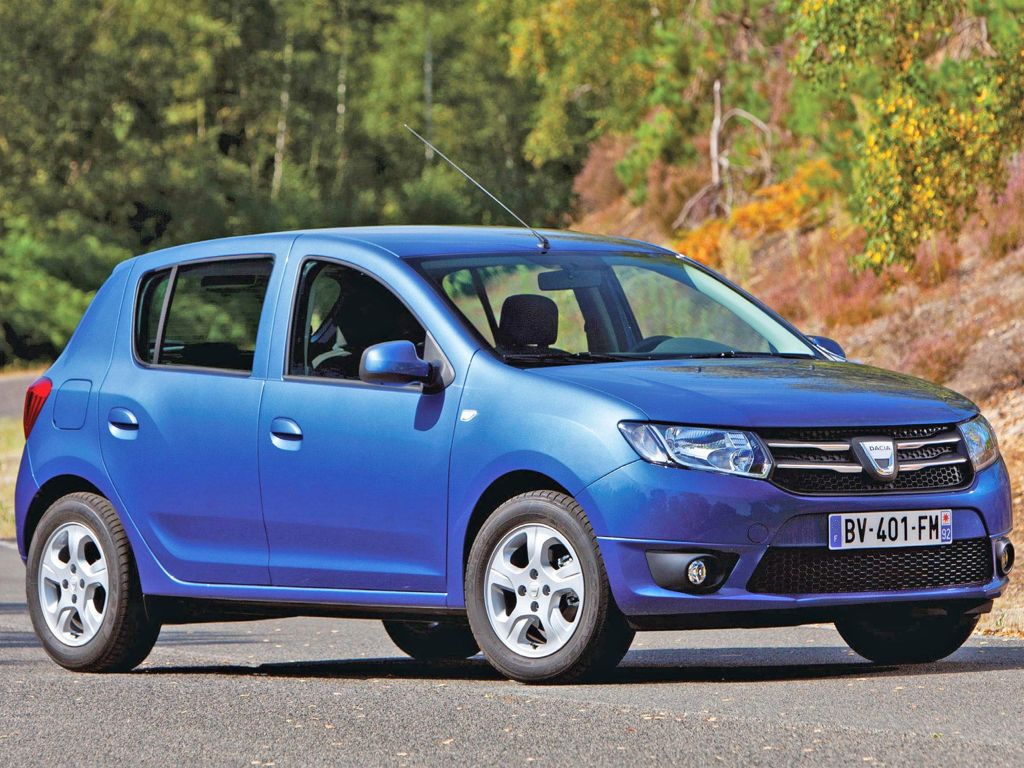 dacia sandero laureate tce 90 eco2 road test the independent. Black Bedroom Furniture Sets. Home Design Ideas