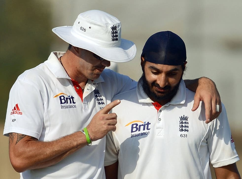 Kevin Pietersen and Monty Panesar - photo not from current game due to licensing issues